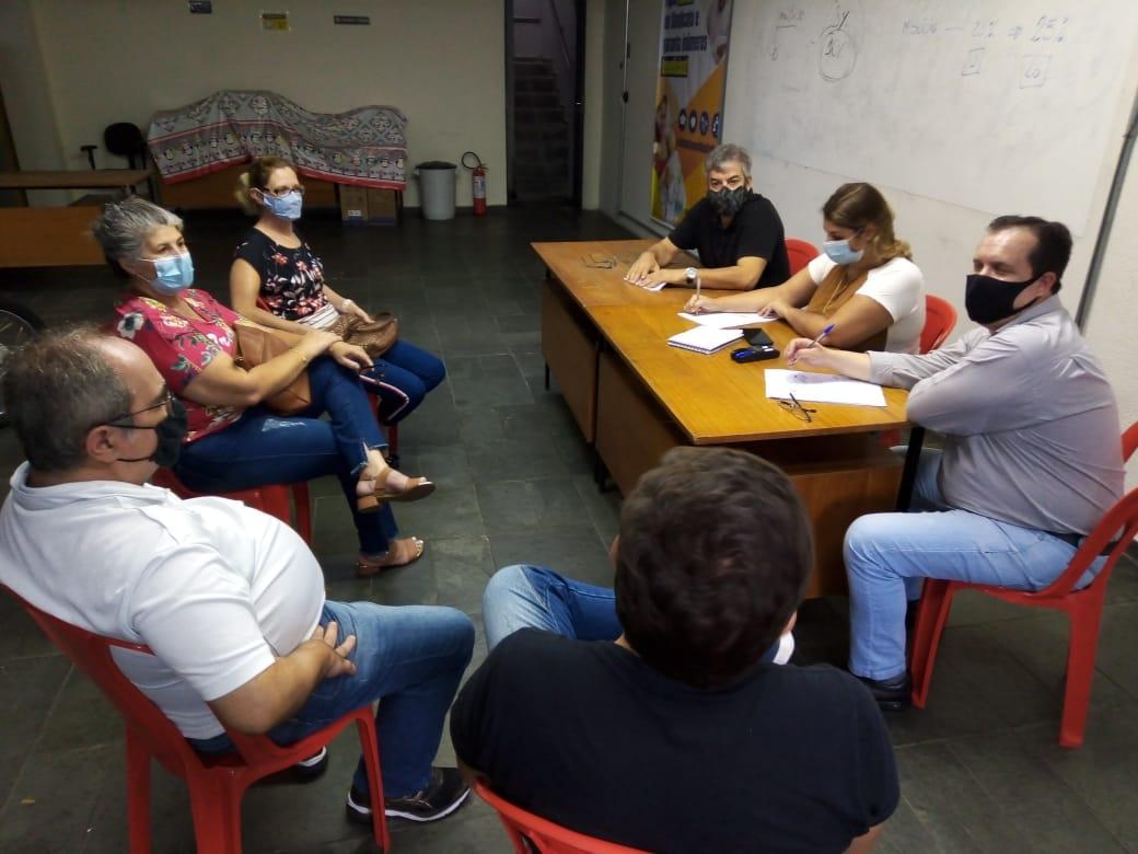 Imagem de Sindicato conversa com trabalhadores da CRAISA